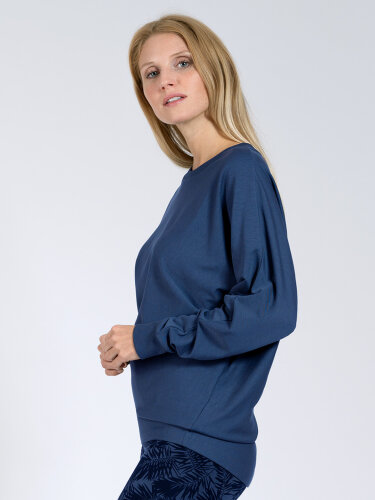 Sweater Anna Blue made of soft, high-quality natural material