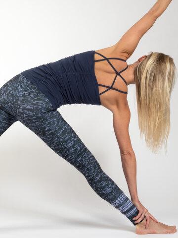Yoga Top Julia navy en matière naturelle