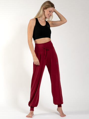 yoga pants Florence Red made of natural material