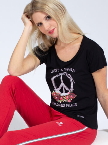 T-Shirt Peace Black made of natural material
