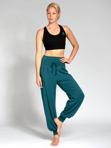 Yoga pants Florence green made of natural material