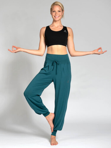 Yoga pants Florence Green made of soft high-quality natural material
